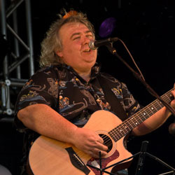 """LOOK AT ME NOW""  Bernie Marsden on forty years of making music"